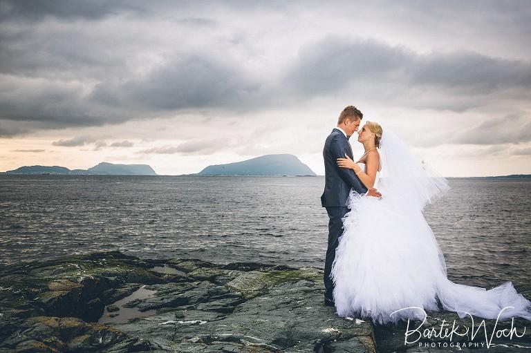 fotografia ślubna, ślub, wesele, slub, zabawa, wedding, party, bartekwoch_selected_0215(pp_w768_h511) Aneta+Łukasz i sesja portretowa z norweskimi fiordami w tle
