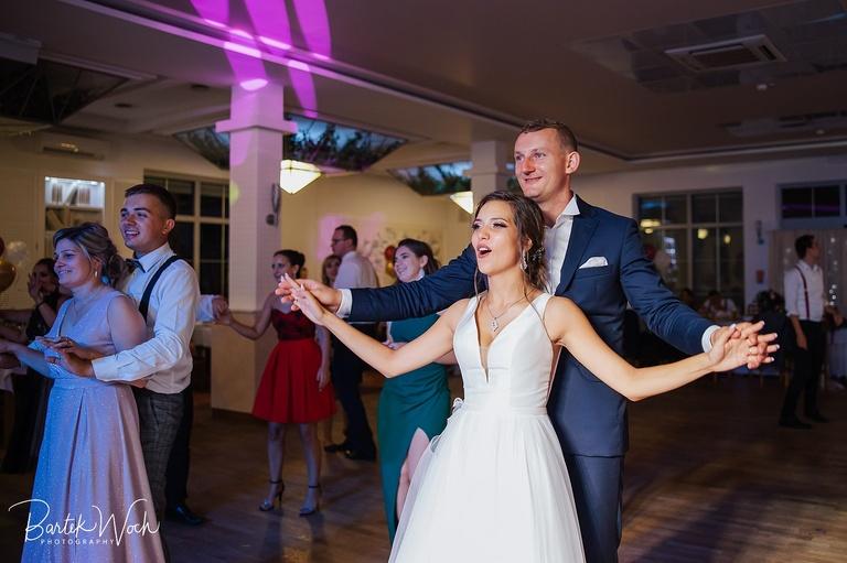 fotografia ślubna, ślub, wesele, slub, zabawa, wedding, party, bartekwoch_20200809_0197%28pp_w768_h511%29 Jola+Szymon